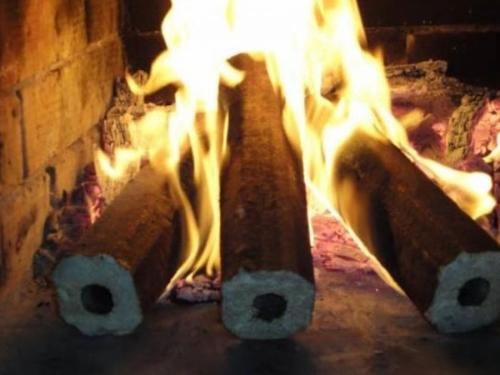 Топливный брикет Пини Кей (дуб 100%)