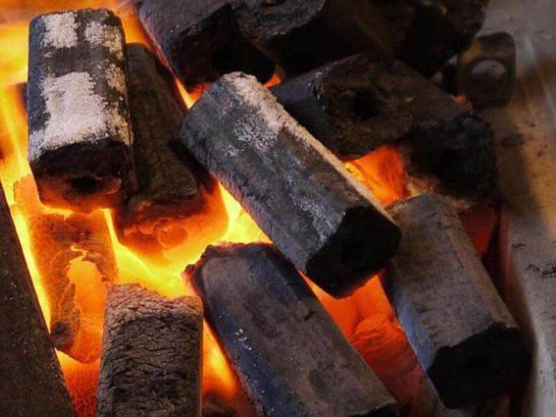 Топливные брикеты: преимущества, особенности и разновидности